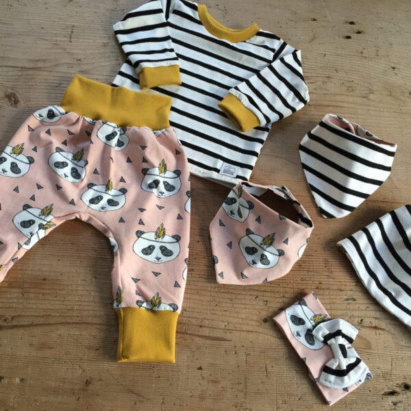 Babykleidung, Panda, rosa, ©Grossstadtindianer, Sabrina Blaser